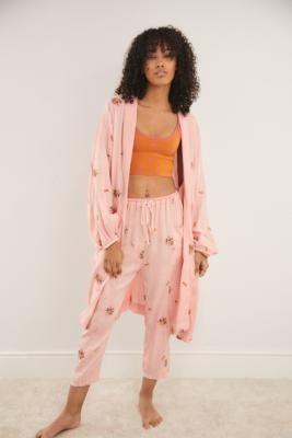 Out From Under Fiona Pink Floral Robe - Pink M/L at Urban Outfitters