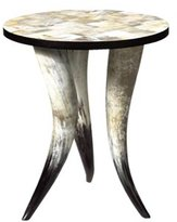 Lars Horn Table