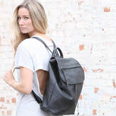 Aura Que Leather Bata Large Backpack