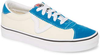 Vans Sport Low Top Sneaker