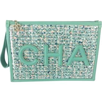Chanel \N Green Tweed Clutch bags