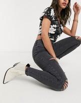 Topshop super rip jamie jeans in washed black