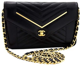 Chanel Black Caviar Skin Leather V-Stitch Chain Shoulder Bag