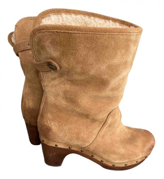 UGG Camel Leather Ankle boots