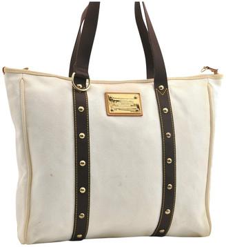 Louis Vuitton White Exotic leathers Handbags