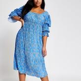 River Island Plus blue floral plisse midi dress