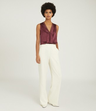 Reiss CHELSEA SILK BLEND V-NECK TOP Berry