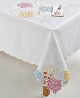 "Homewear Romi Cutout 70"" Round Tablecloth"