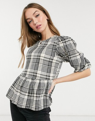 New Look crinkle puff sleeve blouse in black check