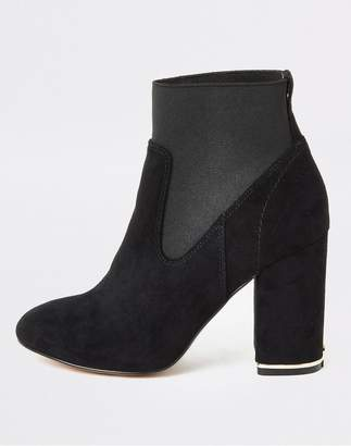 River Island Faux Suede Elasticated Block Heel Ankle Boot - Black