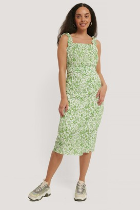 Trendyol Belt Ruffle Detailed Patterned Dress