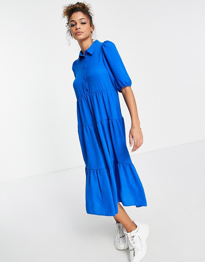 Thumbnail for your product : New Look tiered hem midi dress in bright blue