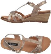 Cuplé Sandals - Item 11200659