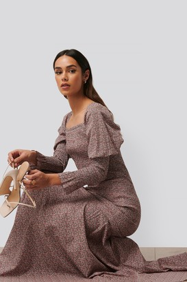 NA-KD Long Sleeve Gathered Maxi Dress