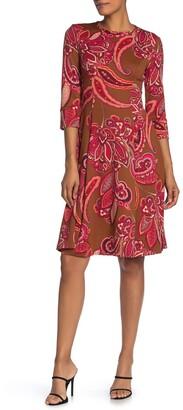 Donna Morgan Crew Neck 3/4 Sleeve Scuba Dress