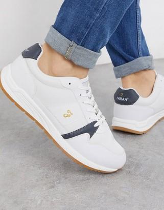 Farah sneaker in white