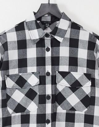 New Look oversized boyfriend shirt in black gingham check