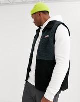 Nike winter fleece vest in black
