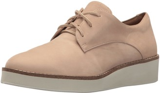 SoftWalk Women's Willis Sneaker
