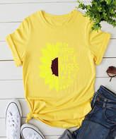 Basico Women's Tee Shirts Yellow - Yellow 'In a World Full of Roses' Sunflower Tee - Women & Plus