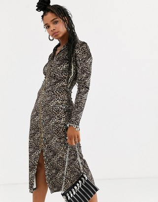 Emory Park long sleeve midi dress in leopard print