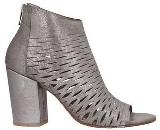 SILVIA CARASI Ankle boots