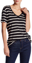 Levi's Levi&s Perfect V-Neck Valley View Tee