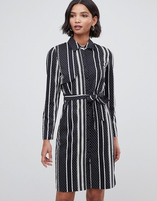 Liquorish shirt dress with open back in stripe and polka dot print-Navy