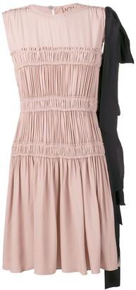 No.21 Frilled Design Dress