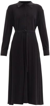 Norma Kamali Boyfriend Belted Jersey Midi Shirt Dress - Black