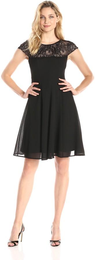 London Times Women's Scallop Lace Yoke Fit and Flare Dress