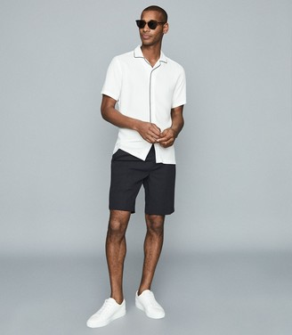 Reiss Clad - Pleat Front Shorts in Navy