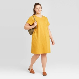 Universal Thread Women's Plus Size Short Sleeve T-Shirt Dress - Universal ThreadTM