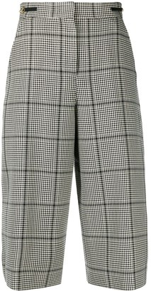 Pt01 Houndstooth Knee-Length Shorts