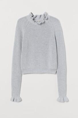 H&M Ruffled Ribbed Sweater