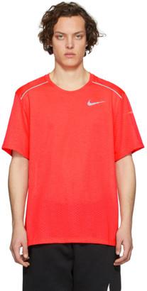 Nike Pink Rise 365 T-Shirt