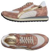 Julie Dee Low-tops & sneakers