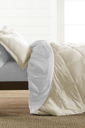 IENJOY HOME Treat Yourself To The Ultimate Down Alternative Reversible 3-Piece Comforter Set - White - Queen