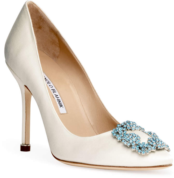 Manolo Blahnik Hangisi Bridal 105 ivory satin pumps