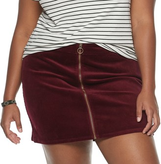 Mudd Juniors' Plus Size Zip-Front Corduroy Skirt