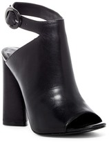 KENDALL + KYLIE Kendall & Kylie Gigi Leather Block Heel Sandal