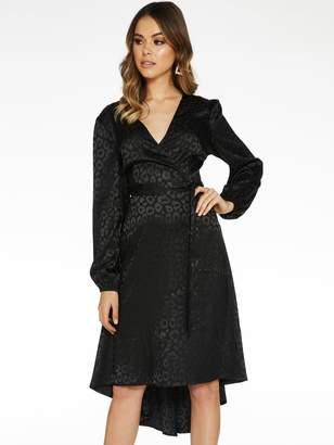 Quiz Jacquard Satin Dip Hem Long Sleeve Dress - Black