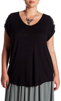Bobeau Short Sleeve Criss Cross Knit Tee (Plus Size)