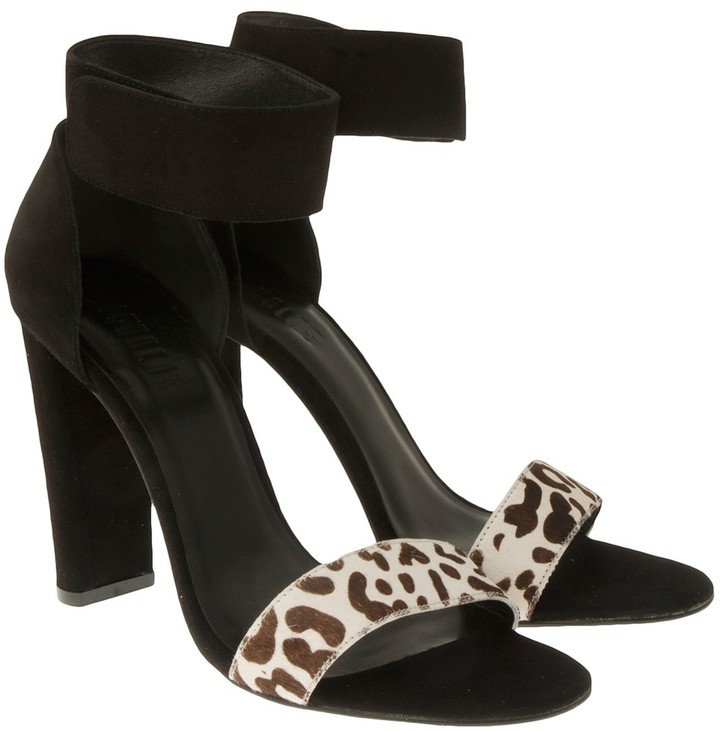 Hari Nicholas Leopard Heel