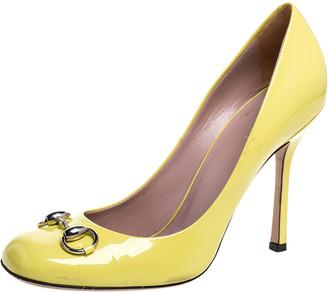 Gucci Neon Yellow Patent Leather Jolene Horsebit Pumps Size 39.5