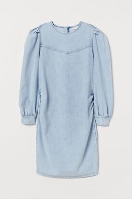 H&M MAMA Denim-look dress
