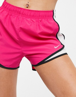 Nike Running tempo running short in pink