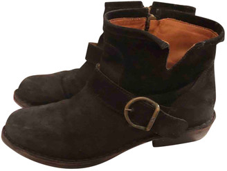 Fiorentini+Baker Black Suede Ankle boots