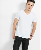 Express soft wash v-neck t-shirt