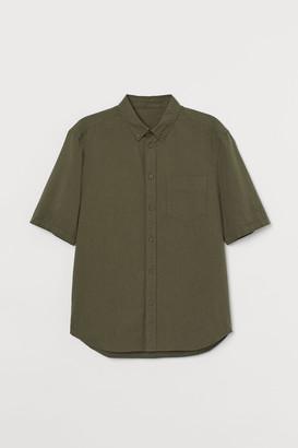H&M Short-sleeved Cotton Shirt